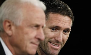 Robbie Keane, right, Giovanni Trapattoni speak ahead of Ireland's World Cup play-off against France