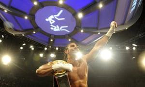 David Haye celebrates holding his belt