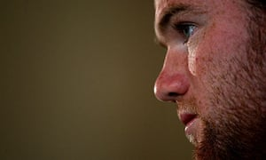 Wayne Rooney disputes claims that he is a diver