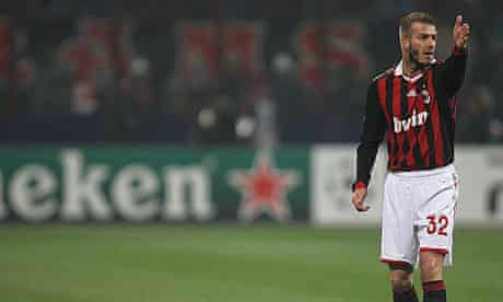 David Beckham prepares to take the free-kick from which Milan took the lead against Manchester Utd