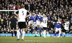 Bobby Zamora scores Fulham's winner