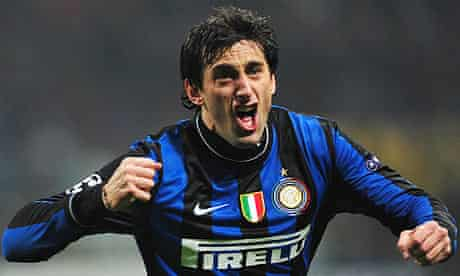 Diego Milito celebrate's Inter's first goal