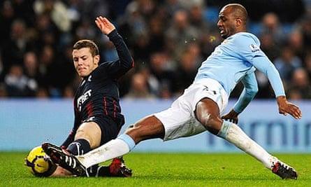 Manchester City v Bolton Wanderers - Premier League