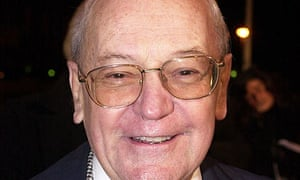 Harry Carpenter, the former BBC boxing commentator has died at the age of 84.