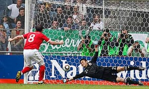 Frank Lampard penalty saved