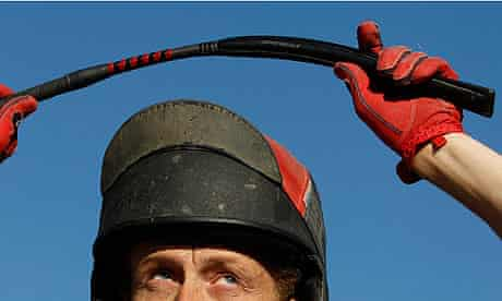 British Horseracing Authority rules on whips