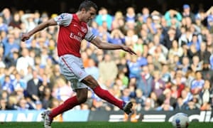 Robin van Persie scores his second goal and Arsenal's fourth in the 5-3 win at Chelsea
