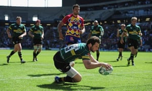 Ben Foden of Northampton scores the opening try of the game against Perpignan