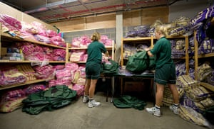 Wimbledon photo book: Towel room with distribution for the courts