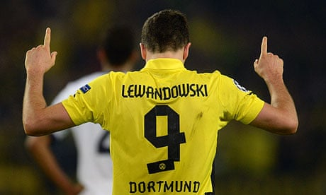 differently fd2a2 23185 Robert Lewandowski unlikely to join Manchester United this ...