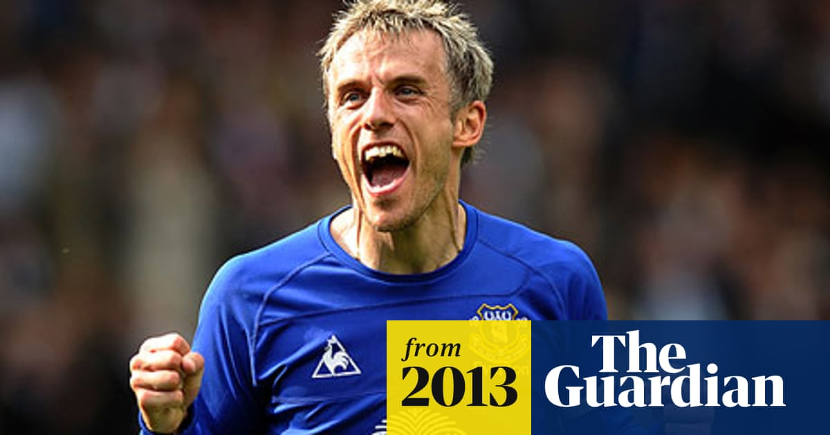 Phil Neville Returns To Manchester United As First Team Coach Manchester United The Guardian