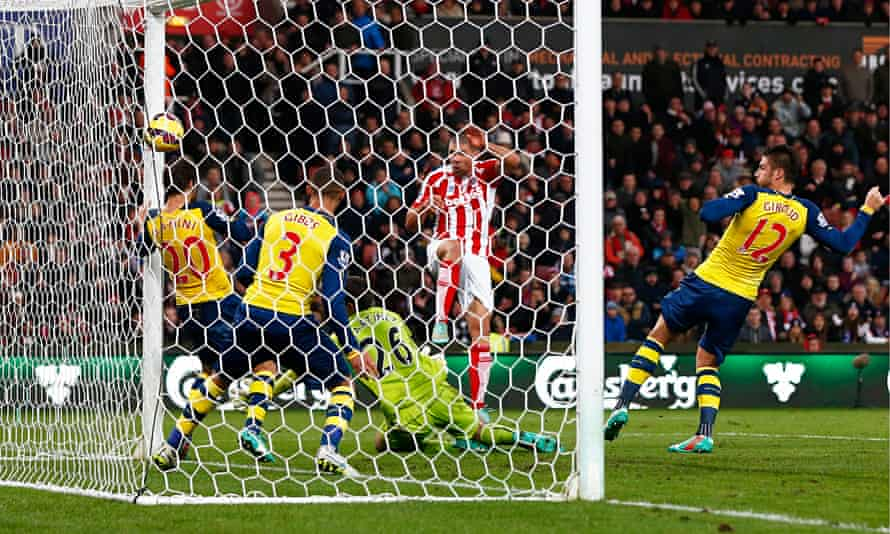 Jonathan Walters scores the third goal for Stoke against Arsenal in the Premier League