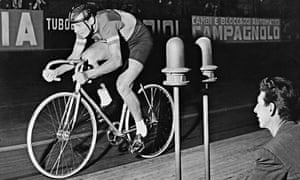 Italian Ercole Baldini competes in the Week of Records at the Vigorelli in 1956