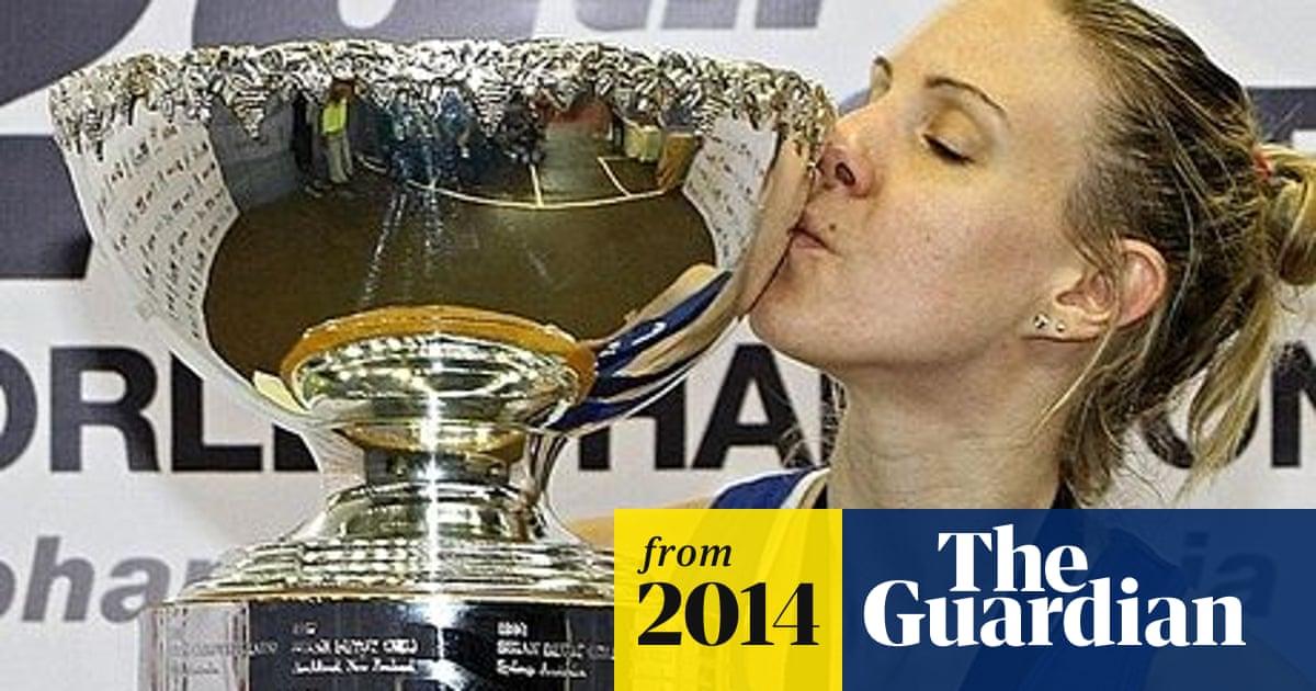 England's Laura Massaro wins women's world squash