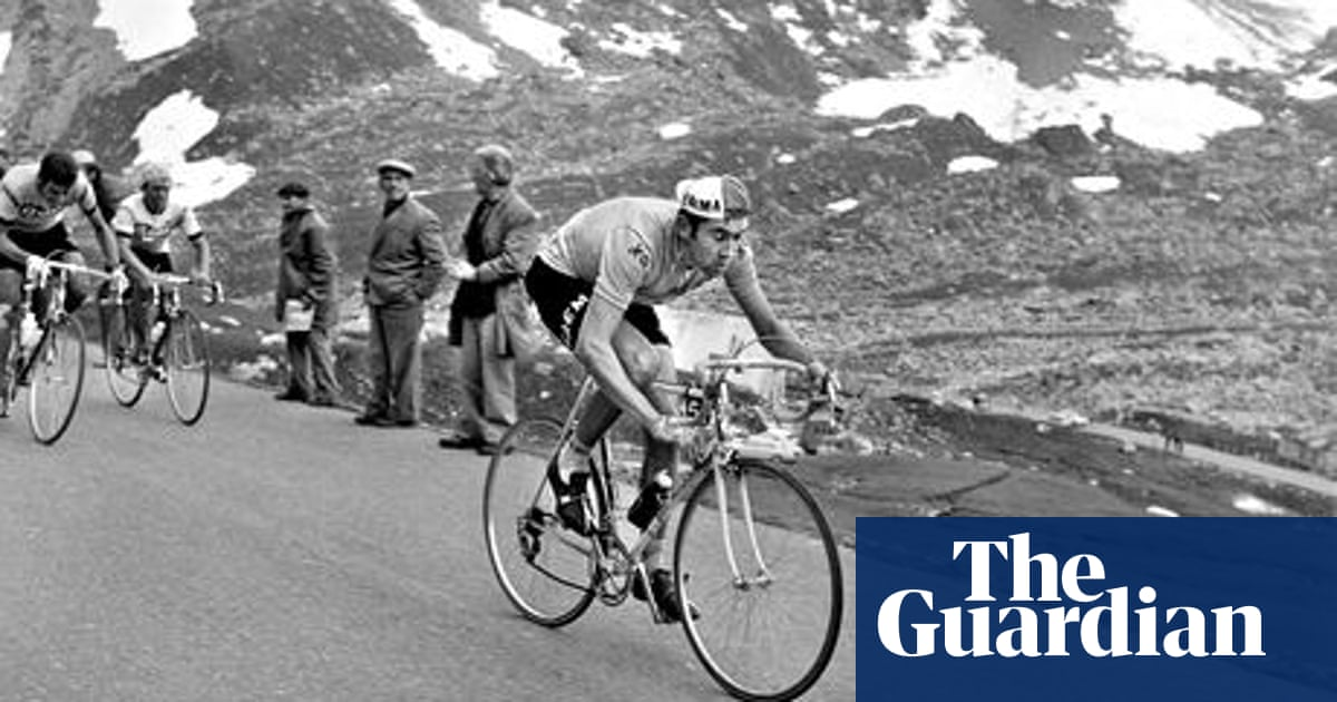 56a2c5e8c23 Remembering how Eddy Merckx won at home in the 1969 Tour of Flanders ...