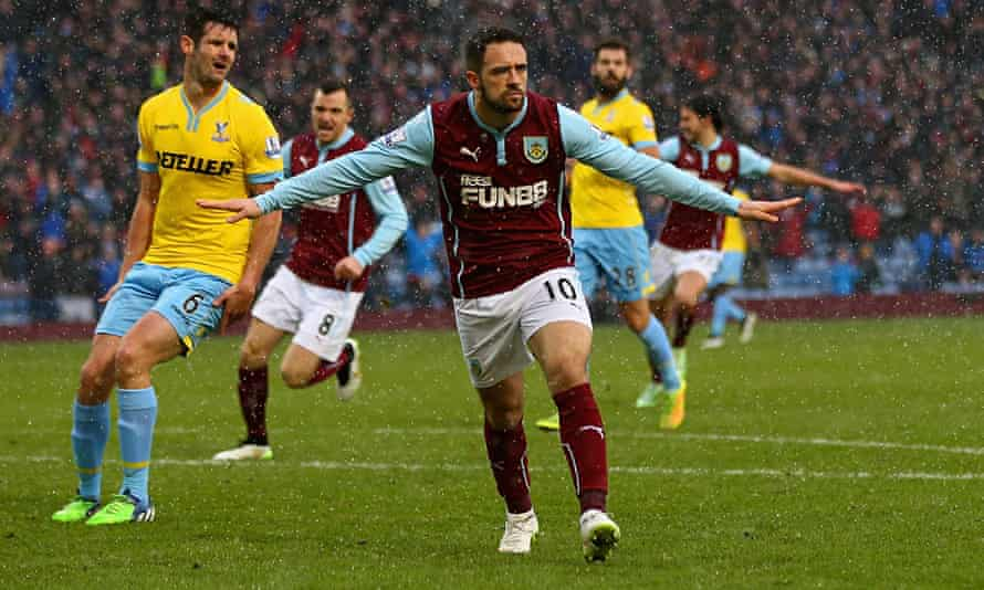 Burnley's Danny Ings wants to stay at Turf Moor at least until the end of the season, so could be so