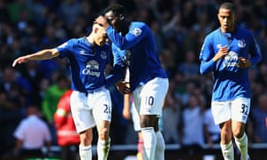 Everton's Leon Osman is congratulated by Romelu Lukaku against West Ham in the Premier League