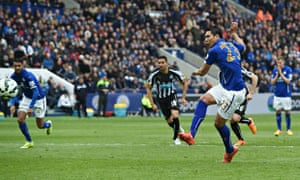 Leonardo Ulloa scores the third goal for Leicester against Newcastle in the Premier League