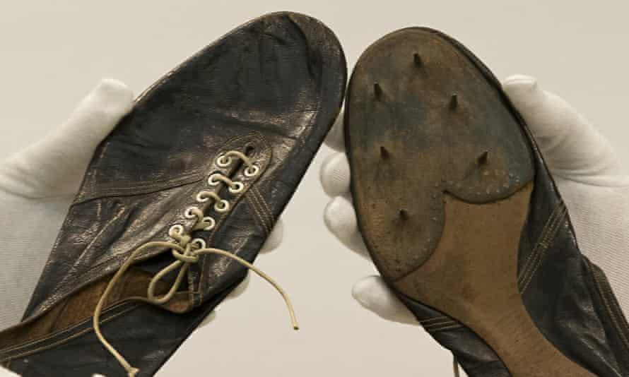 roger bannister shoes