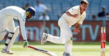 Brad Hogg runs out Harbhajan Singh