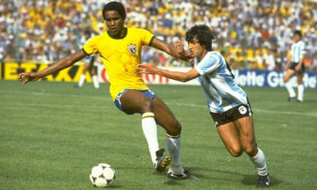 Serginho of Brazil and Ramon Diaz of Argentina
