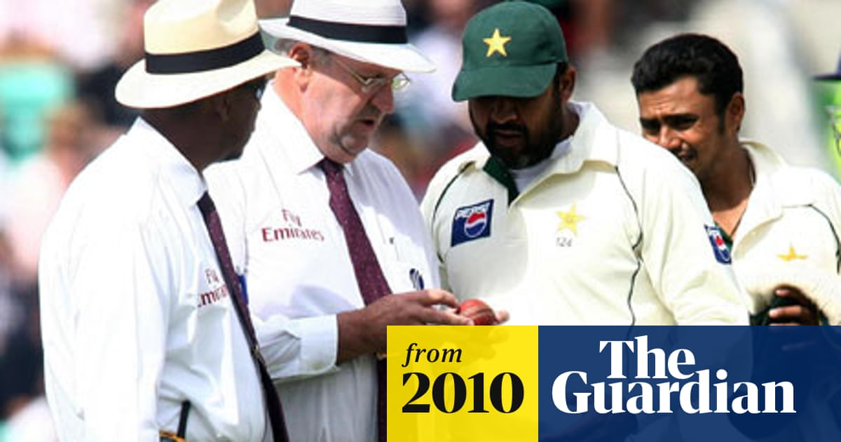 Umpire Darrell Hair says ECB officials escalated ball-tampering row