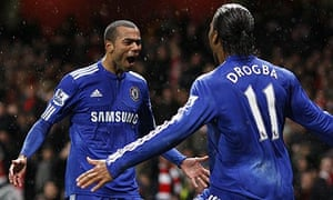 Ashley Cole and Didier Drogba celebrate
