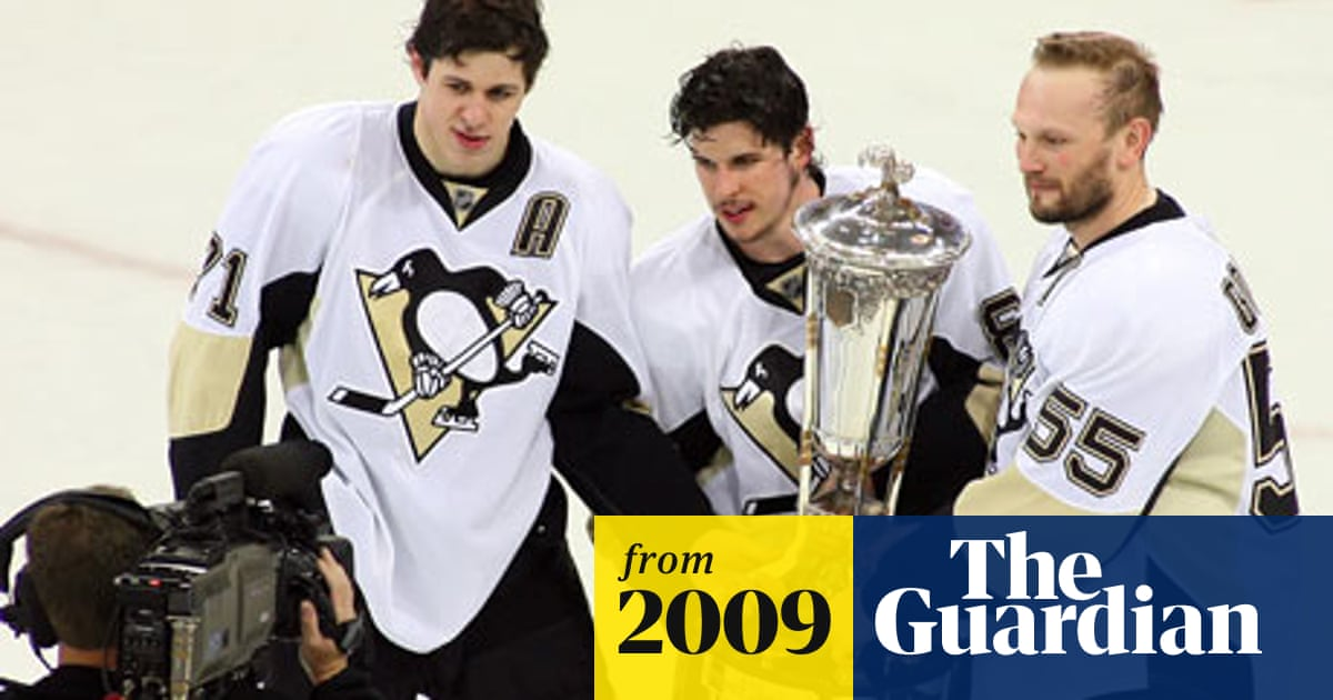 outlet store sale 2720c 3791b Sidney Crosby helps Penguins blow away Hurricanes   Sport ...
