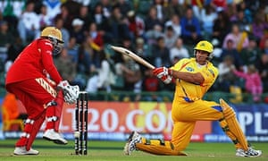 Matthew Hayden of the Chennai Super Kings hits out against Royal Challengers Bangalore