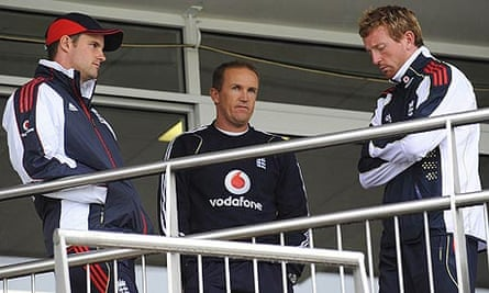 Andrew Strauss Andy Flower Paul Collingwood