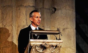 Gary Lineker practices his speech for the Sir Bobby Robson thanksgiving service