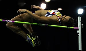 Jessica Ennis set a new personal high jump best by clearing 1.94m in Glasgow