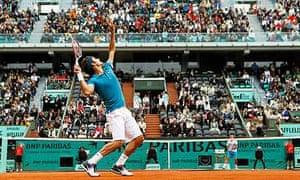 Roger Federer beat compatriot Stanislas Wawrinka at the French Open