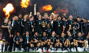 New Zealand celebrate their 8-7 win over France in the World Cup final at Eden Park