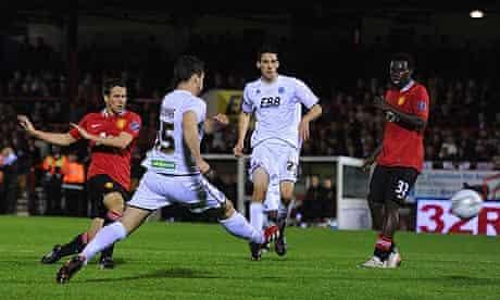 Michael Owen scores Manchester United's second goal against Aldershot