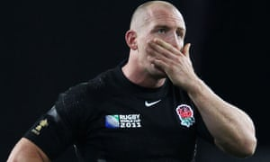 Mike Tindall of England looks dejected