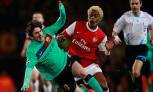 Alex Song Arsenal Messi Barcelona Champions League