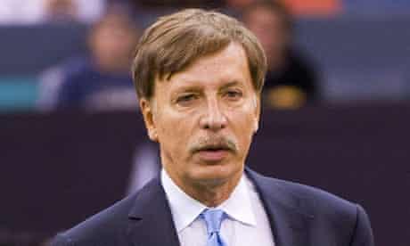 US billionaire Stan Kroenke takes controlling stake in Arsenal