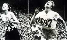 Blankers-Koen edges home in the 80m hurdles