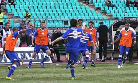 Nicola Pozzi celebrates his goal for Sampdoria