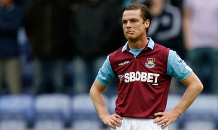 West Ham's Scott Parker could be on his way to Chelsea in a season-long loan deal.