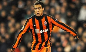 Jadson of Shakhtar Donetsk could be on his way to Arsenal