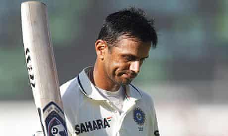 Rahul Dravid leaves the field