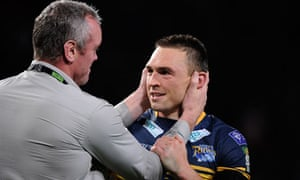 Leeds head coach Brian McDermott with his captain Kevin Sinfield celebrating after the match