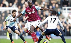 West Ham United's English striker Carlton Cole