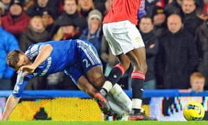 Danny Welbeck makes contact with Ivanovic