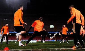 Chelsea's players train in Napoli ahead of their Champions League tie with Napoli on Tuesday
