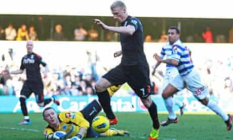 Pavel Pogrebnyak scoring the first goal for Fulham past Queens Park Rangers goalkeeper Paddy Kenny