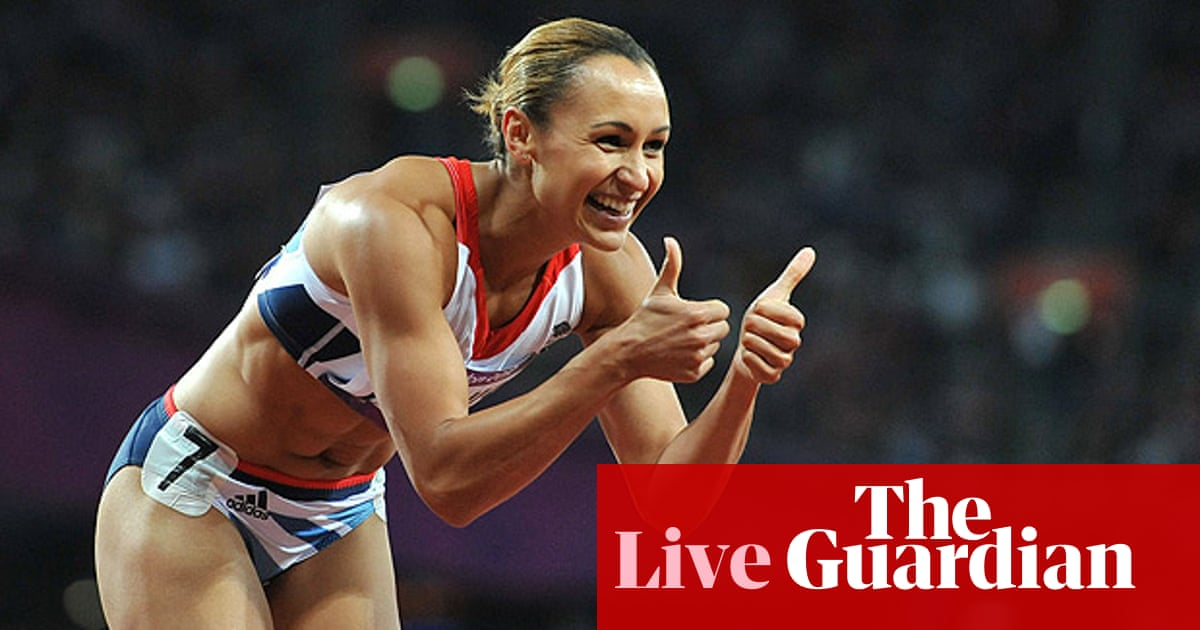 Jessica Ennis continues quest for gold: Olympics athletics