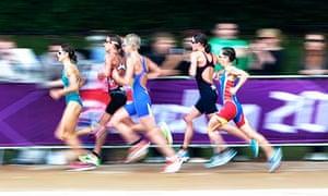 Nicola Spirig of Switzerland on her way to Olympic triathlon gold in Hyde Park